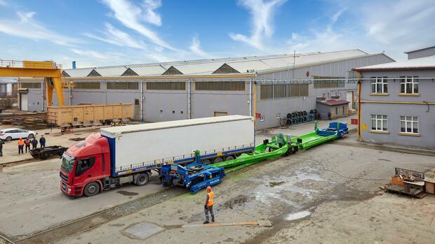 Helrom: Dieses Start-up will mit seiner Trailerbahn den Güterverkehr revolutionieren