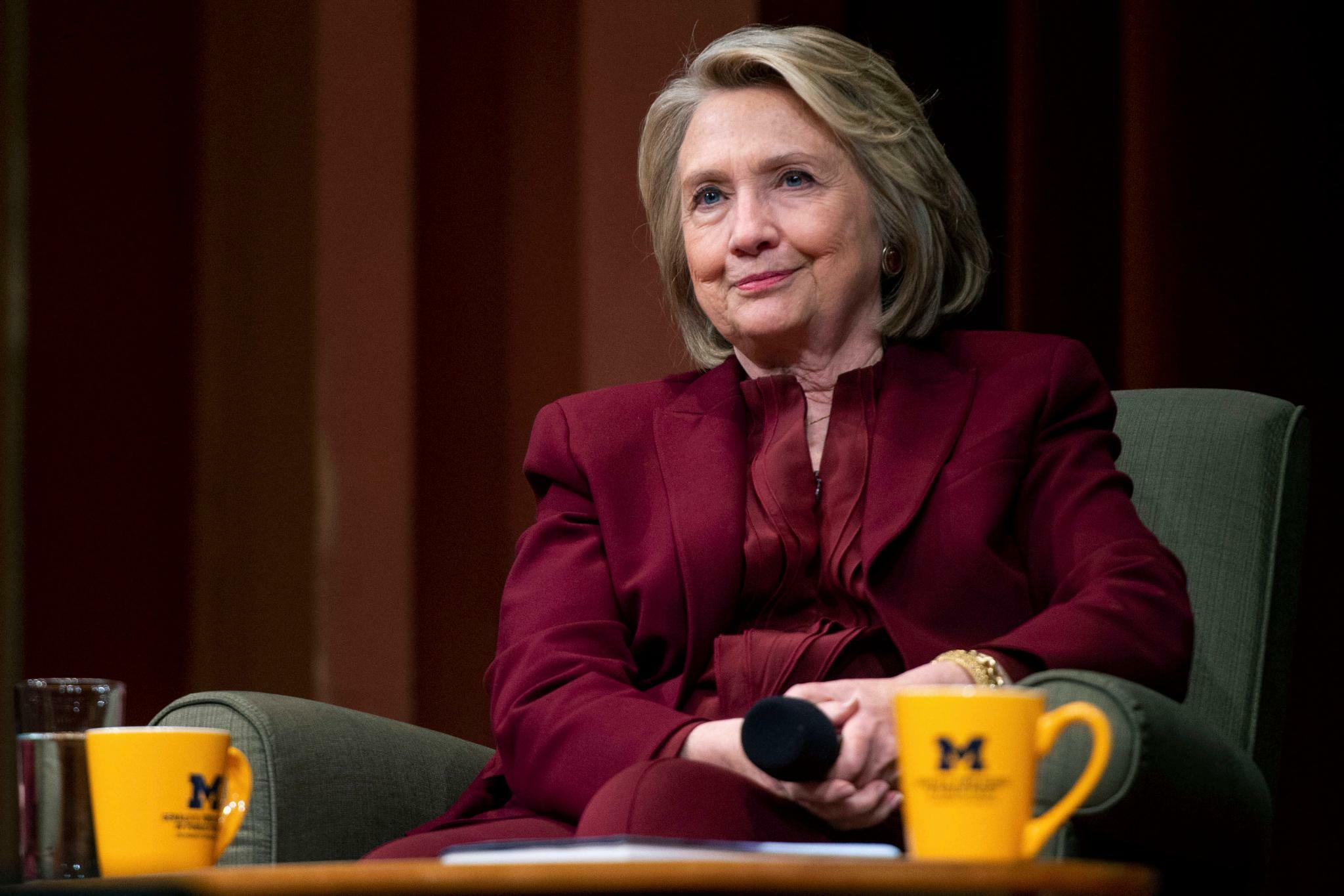 Clintons E-Mail-Affäre: 38 Verstöße festgestellt