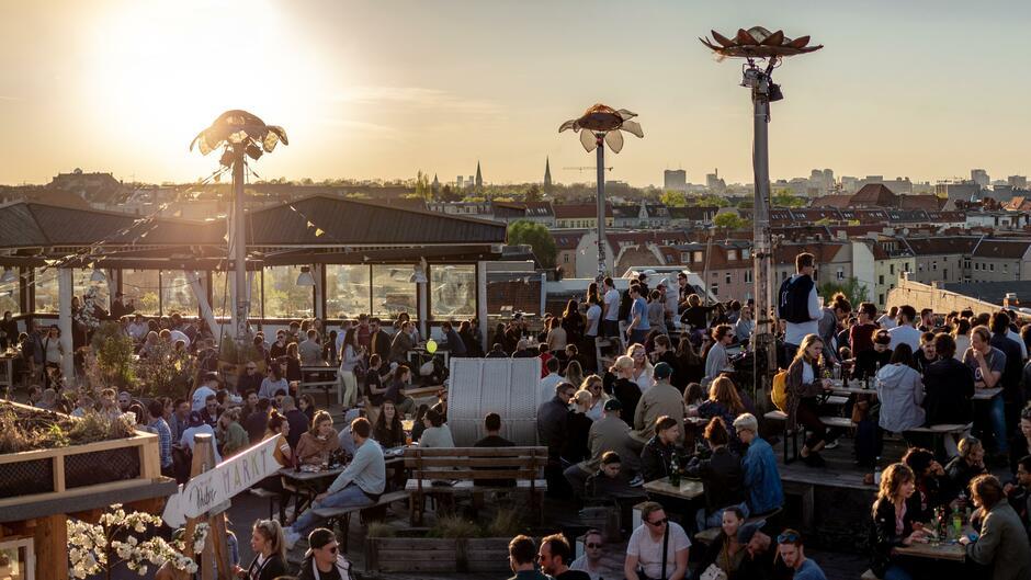 Über den Dächern Berlins: Die drei angesagtesten Rooftop-Bars