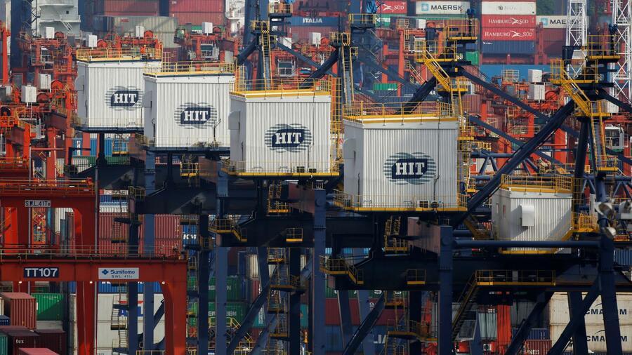 Der Hafen von Hongkong ist im Ranking der größten Containerhäfen 2021 um einen Platz nach hinten gefallen auf Platz 9. Quelle: Reuters