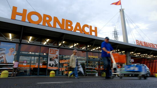 hornbach baumarkt bekommt r ckenwind durch online gesch fte. Black Bedroom Furniture Sets. Home Design Ideas