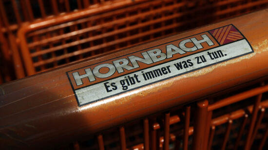 hornbach profitiert von bauboom und online handel. Black Bedroom Furniture Sets. Home Design Ideas