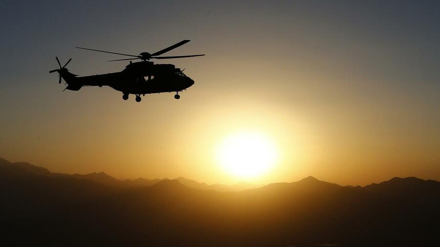 hubschrauber hersteller eurocopter 2012 mit rekordumsatz. Black Bedroom Furniture Sets. Home Design Ideas