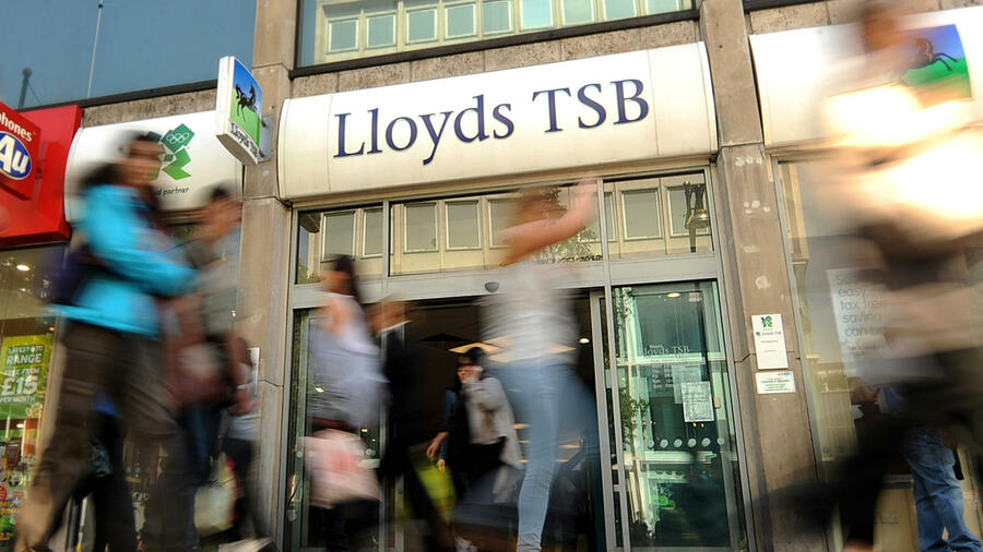 Filiale von Lloyds TSB an der Oxford Street in London. Quelle: AFP