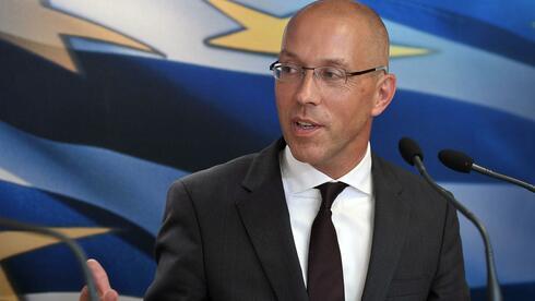 Jörg Asmussen kritisiert die Debatte über den Schuldenschnitt für Griechenland. Quelle: AFP