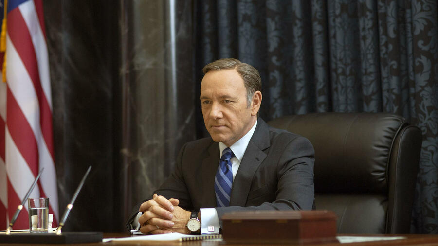 "Kevin Spacey als Francis Underwood in der Serie ""House of Cards"". Quelle: ap"