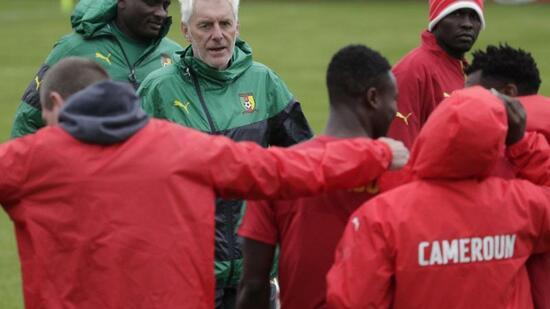 Fußball: 23 Spieler aus 15 Ländern: Kameruns neuformiertes Team