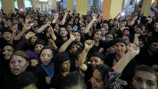 Nach erneutem Massenmord an Christen: Ägypten fliegt Angriffe auf Terroristenlager