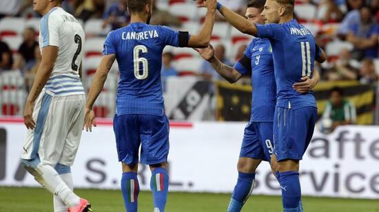 Testspiel-Überblick | Italien fertigt Uruguay ab - Spanien schwächelt