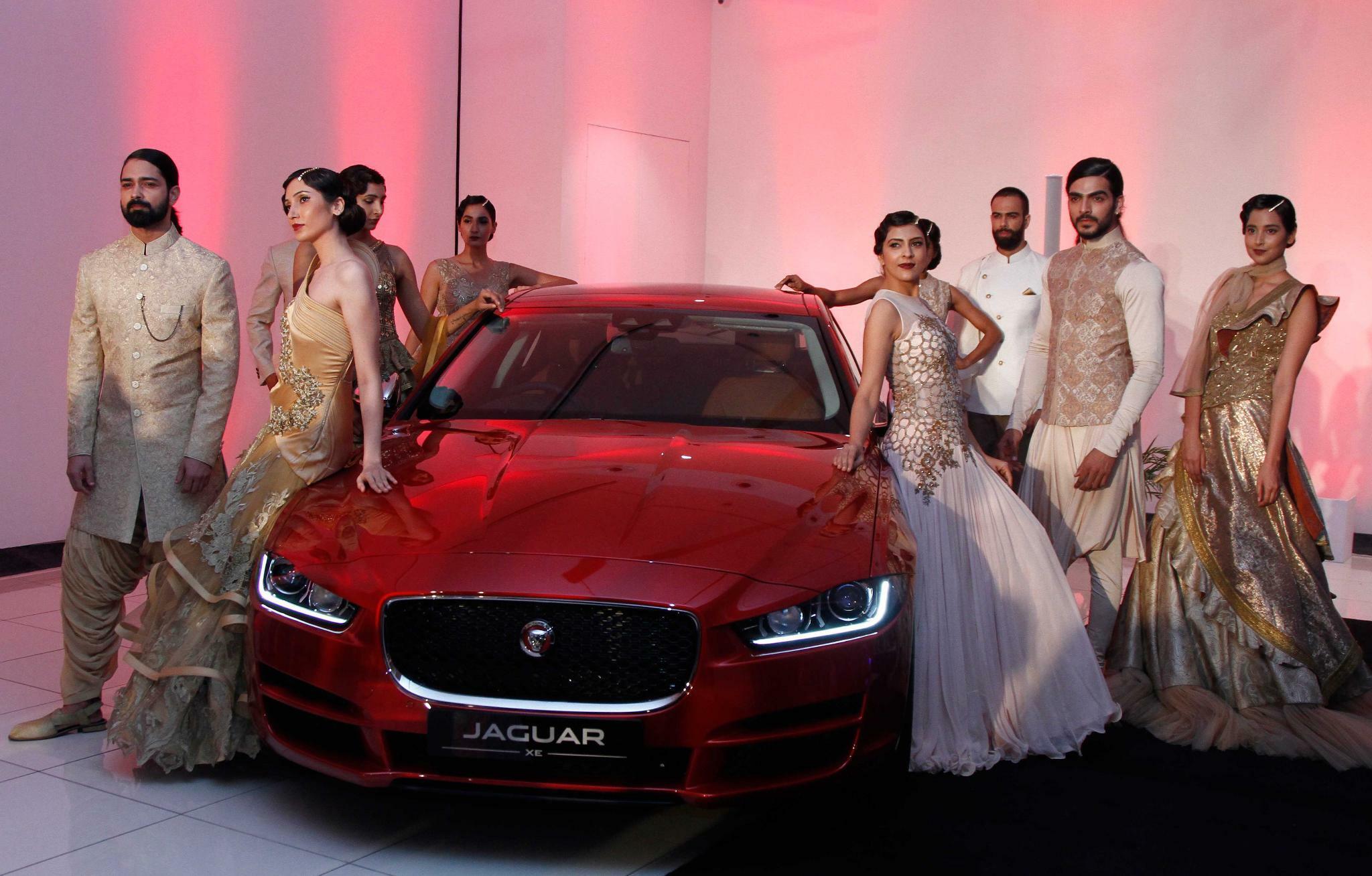 Indien: Warum dort die Autofabriken still stehen