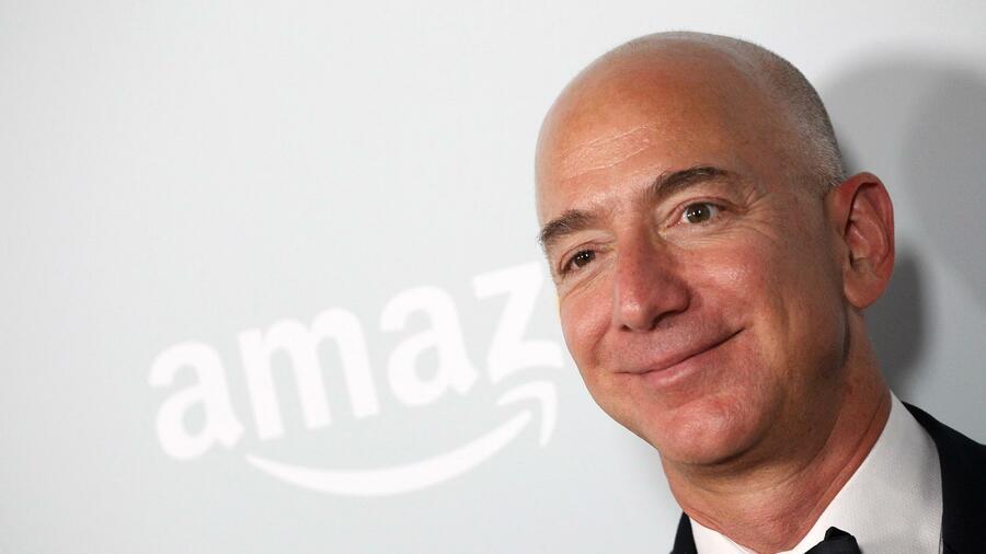 Amazon-Chef Jeff Bezos mit weitem Abstand reichster Mensch der Erde