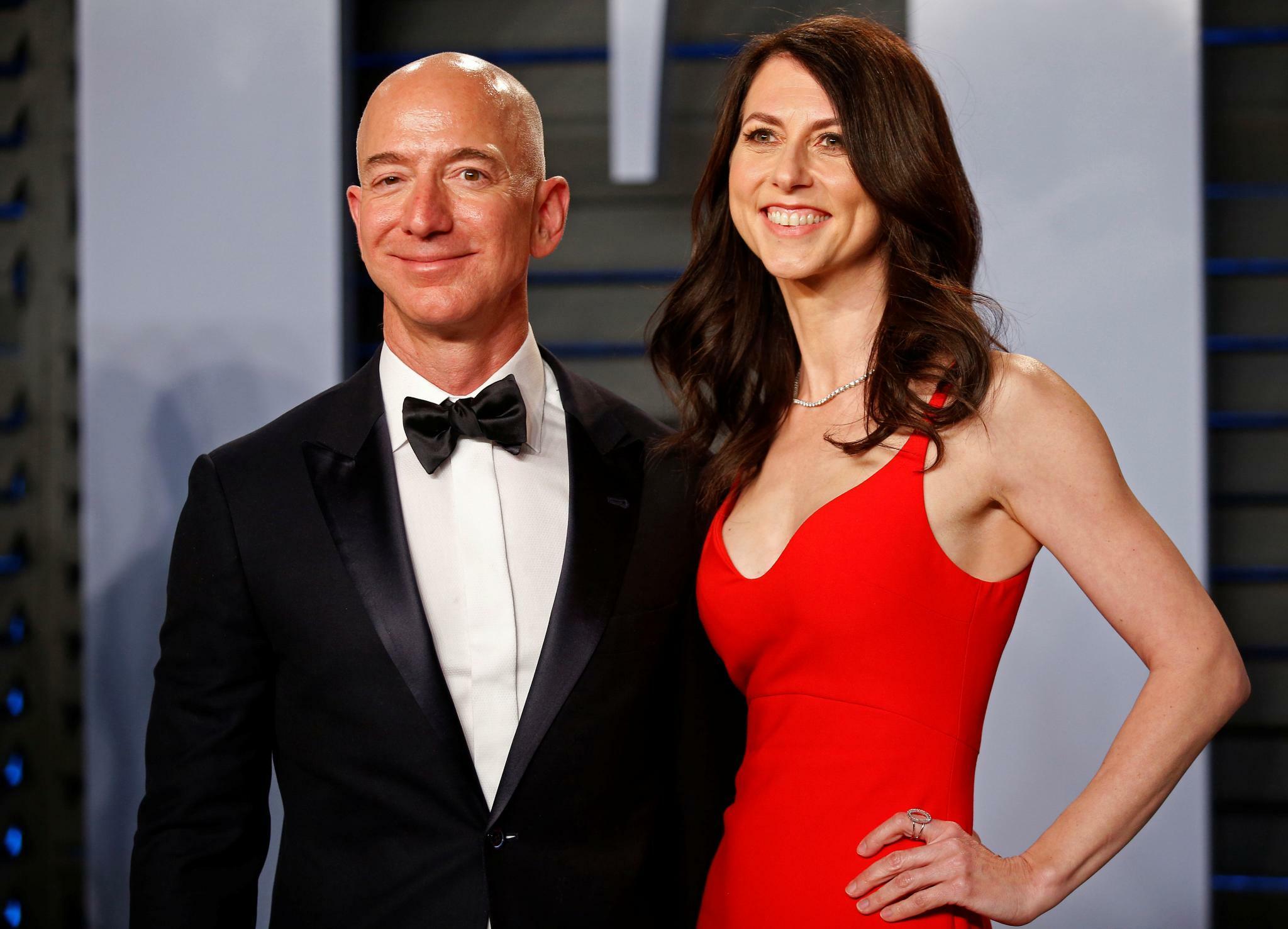 Amazon: Jeff Bezos' Ex-Frau verkauft Aktien für 400 Millionen Dollar