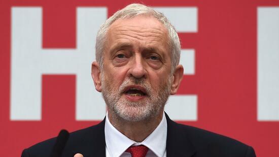 Parlamentswahlen in England: Labour will Uni-Gebühren abschaffen und