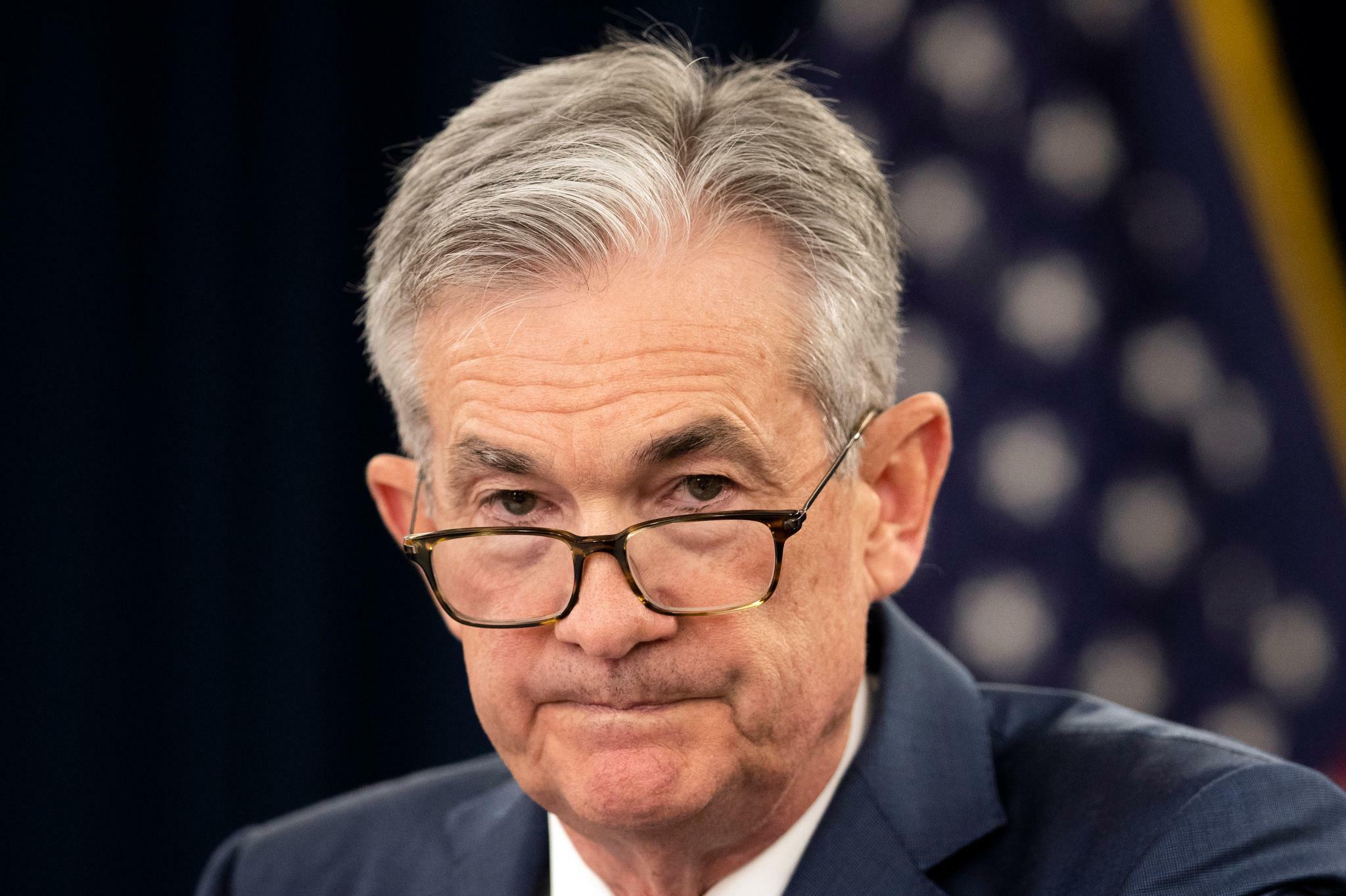 Fed-Chef Powell gibt wenig Hinweise auf mögliche Zinssenkung