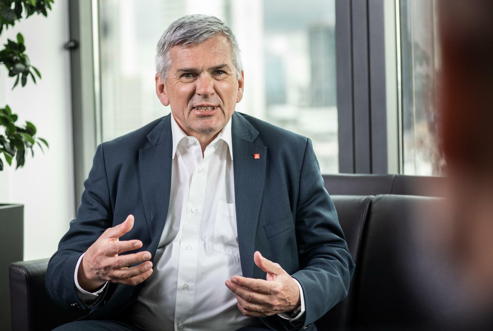 IG-Metall-Chef Hofmann fordert Staatsfonds für die Stahlindustrie
