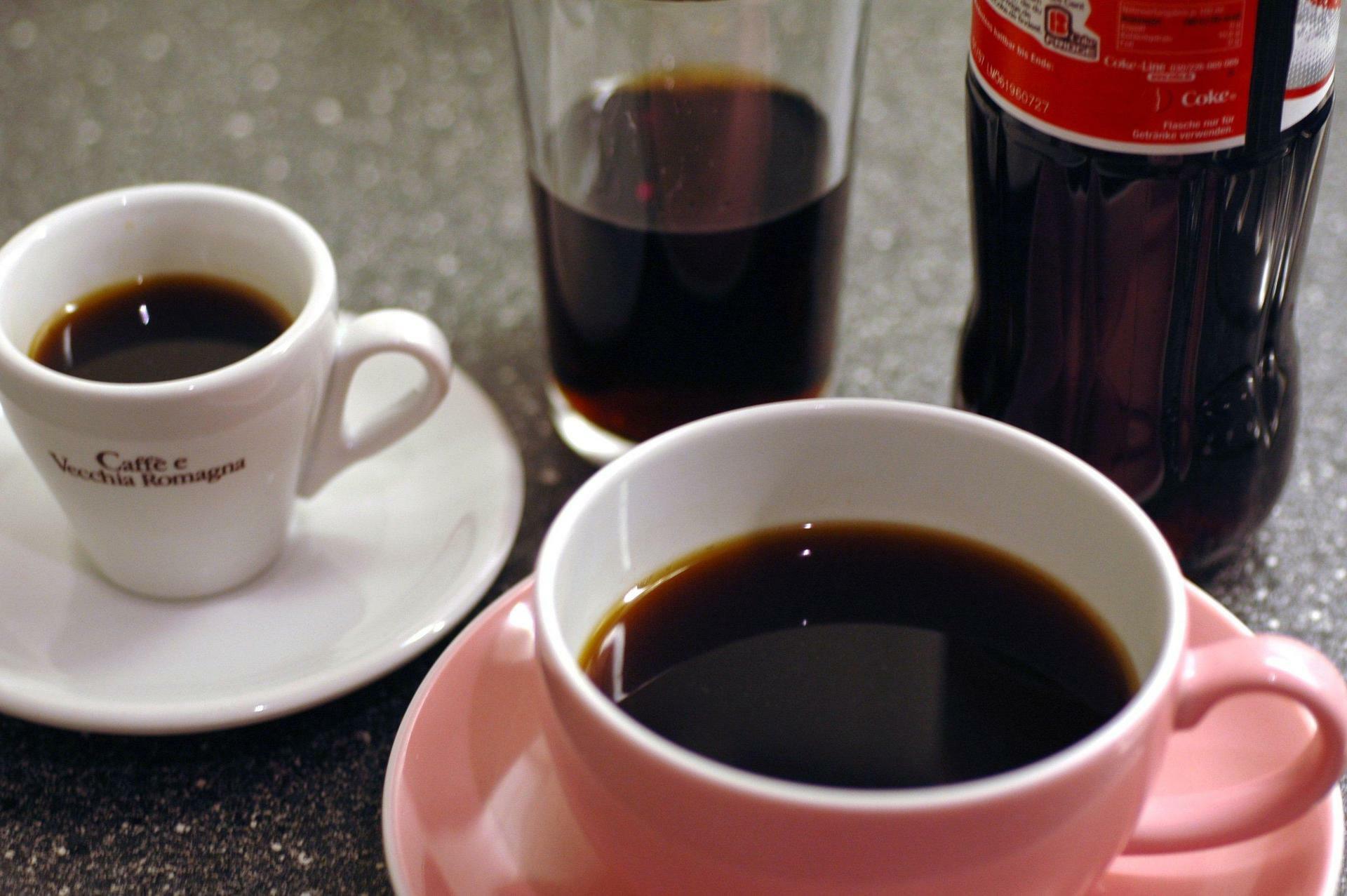 Bei Frauen und Männern: Mehr als zwei Koffein-Getränke täglich ...
