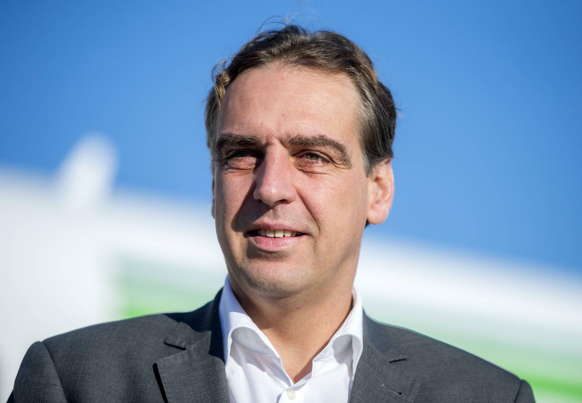 Germania Chef Karsten Balke Dann Werden Die Fluge Teurer
