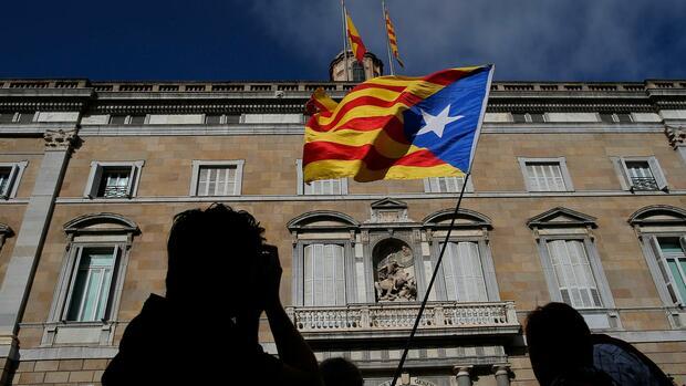 Katalonien madrid lehnt ersatz kandidaten der separatisten ab - Ka international madrid ...