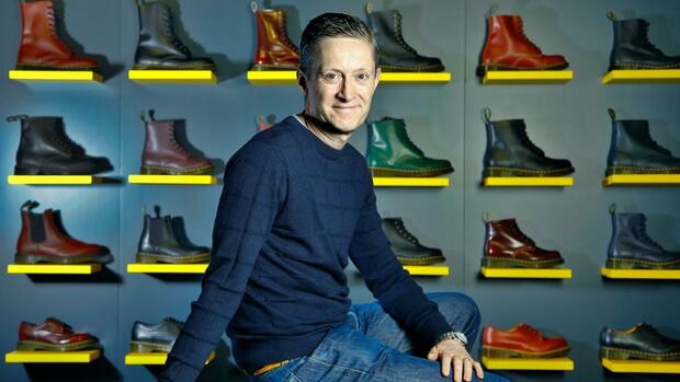 Schuhindustrie: Dr. Martens: Diese Pläne verfolgt CEO Kenny Wilson mit dem Klassiker der Punk-Bewegung