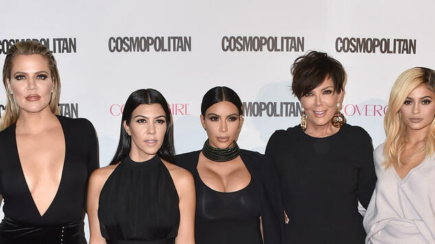 Khloe Kardashian, from left, Kourtney Kardashian, Kim Kardashian, Kris Jenner and Kylie Jenner arrive at Cosmopolitan magazine's 50th birthday celebration at Ysabel on Monday, Oct. 12, 2015, in West Hollywood, Calif. (Photo by Jordan Strauss/Invision/AP) Quelle: AP