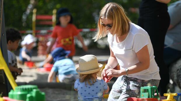Konjunkturpaket: Wer vom neuen Kinderbonus profitiert