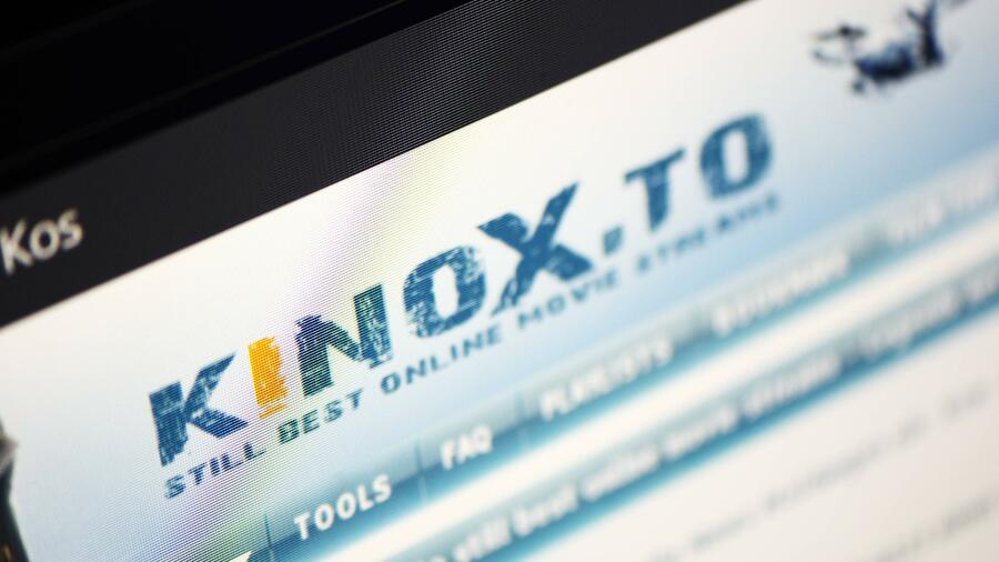 Kinox to: Bruder des mutmaßlichen Betreibers hilft den Behörden