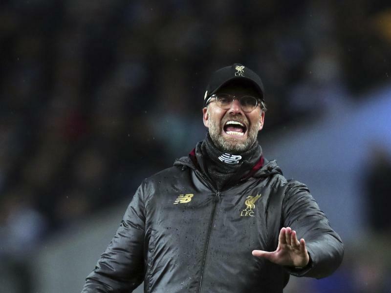Titelkrimi in England: Liverpool wieder an der Spitze