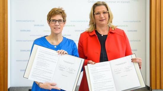 Parteien: Saarländische SPD entscheidet über Koalitionsvertrag mit CDU