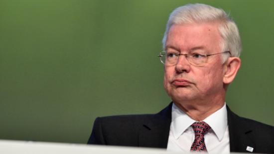 Bilfinger chef roland koch wirft hin warum der politiker for Koch politiker