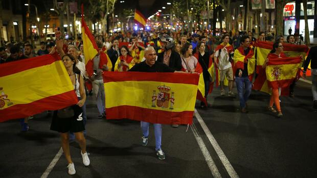 Katalonien krise countdown setzt eu und madrid unter druck - Ka international madrid ...