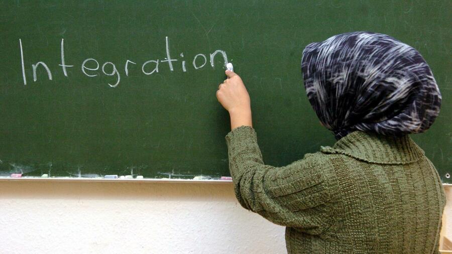 Das Kopftuch ist bei Mädchen laut mehrerer Unionspolitiker keine Frage der Religion sondern der Gleichberechtigung. Quelle dpa