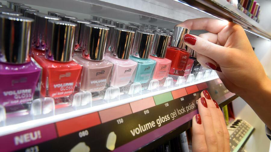0f18454abd59bc In dem Bereich wittern viele Online-Händler großes Potenzial. Quelle: dpa.  Kosmetik