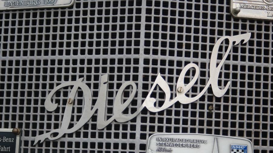 daimler was der diesel r ckruf f r mercedes kunden bedeutet. Black Bedroom Furniture Sets. Home Design Ideas