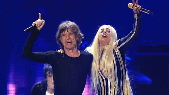 Generationswechsel in der Musikbranche? Lady Gaga and Mick Jagger. Quelle: Reuters