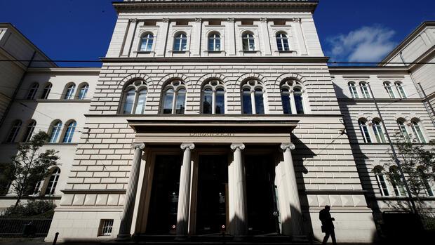 Finanzaufsicht Bafin: Viele Banken müssen sich wegen Cum-Ex-Geschäften auf Strafen einstellen