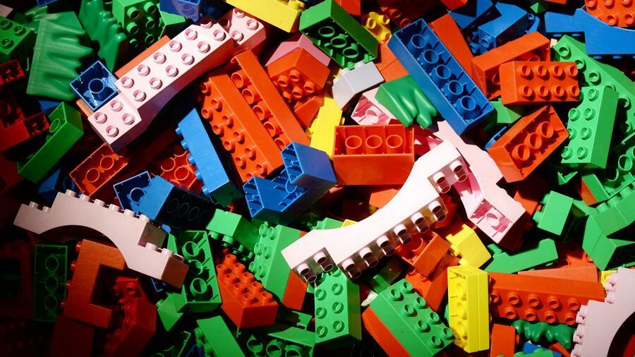 Spielzeughersteller Lego bricht der Umsatz weg
