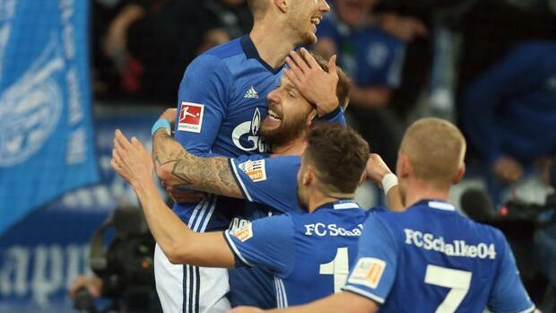Fußball: Schalke 04 feiert Goretzka und Burgstaller