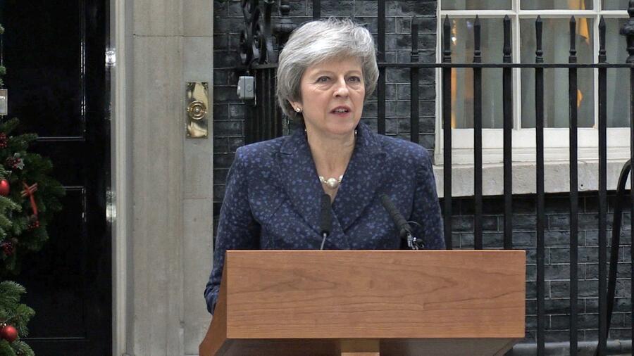 Was das Misstrauensvotum gegen May für den Brexit-Deal bedeutet