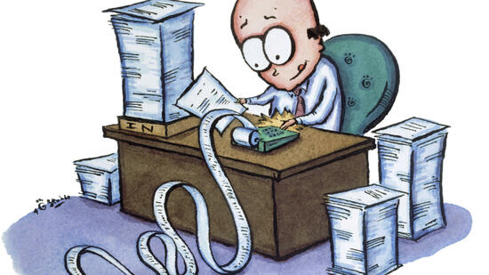 huGO-BildID: 5024979 Man at Desk with Stacks of Paperwork --- Image by © Images.com/CORBIS Quelle: © Images.com-CORBIS