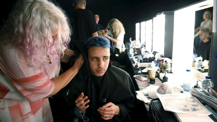 Szene Trends Aus Den Metropolen Blaue Haare Baumkobolde Und