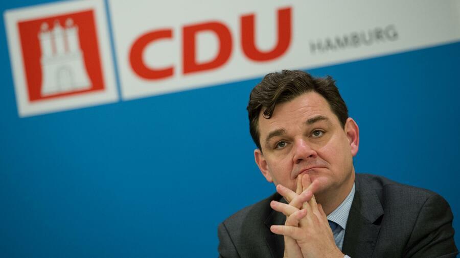 FC Bundestag nimmt doch AfD-Spieler auf