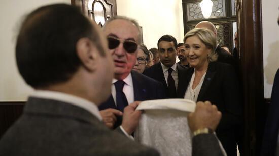 Treffen mit Großmufti: Le Pen verweigert Kopftuch