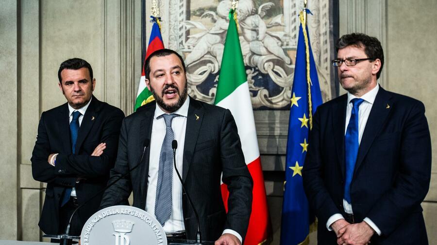 Fünf-Sterne-Bewegung fordert Neuwahlen in Italien im Juni