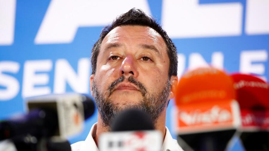 Il vice primo ministro italiano respinge gli orientamenti dell'UE sul deficit di bilancio e attacca le regole precedenti.  Fonte: Reuters