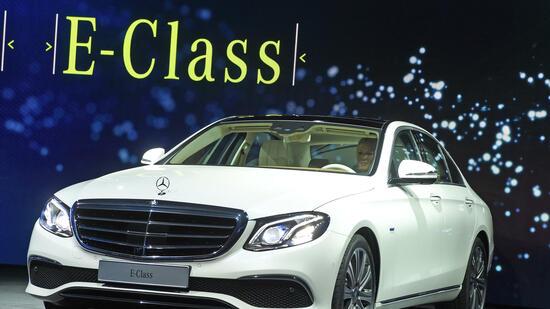 Daimler ruft eine Million Autos zurück