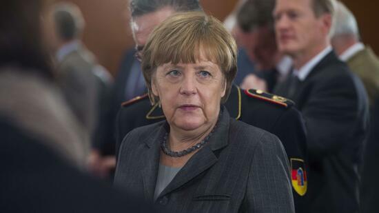 Flüchtlingspolitik Csu Verlangt Grenzsicherung