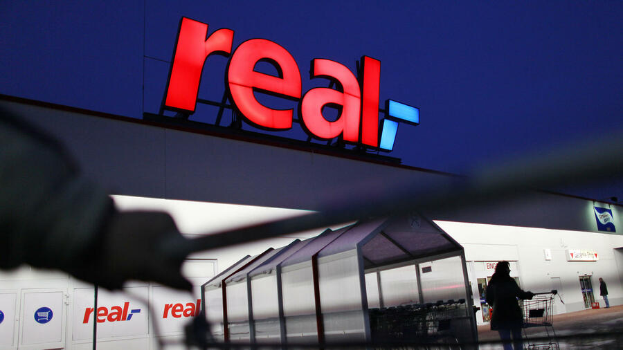 Real will 750 Stellen abbauen. Quelle: dpa