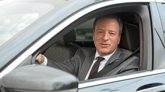 Aufsichtsrat hält still: Flughafen-Chef Garvens bleibt im Amt