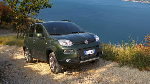 fiat panda 4x4 kleiner b r auf allen vieren test. Black Bedroom Furniture Sets. Home Design Ideas