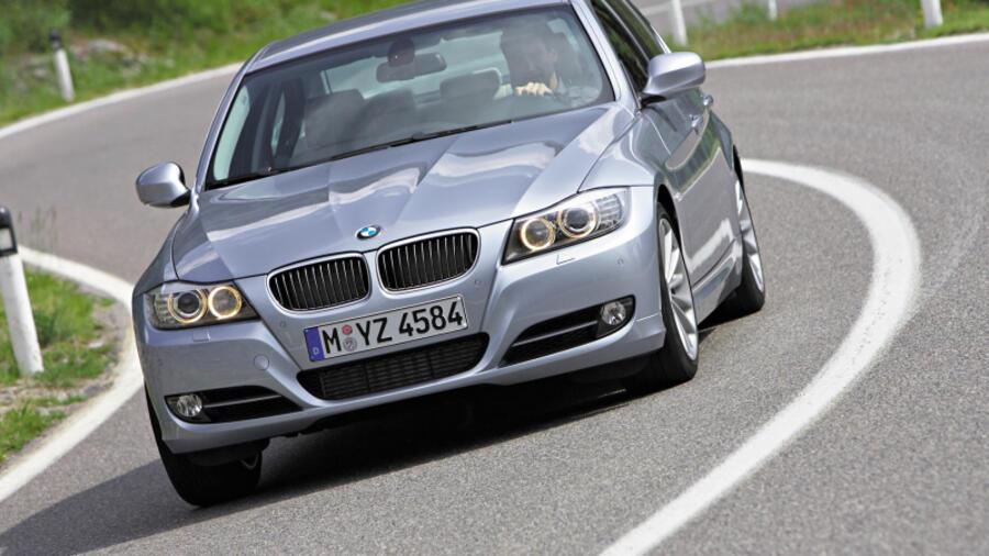 Gefahr Auf Nasser Fahrbahn Bremsenprobleme Bei Bmw